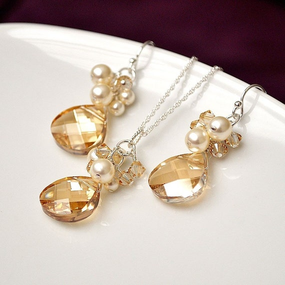 Bridesmaids Jewelry Sets. Crystal Earrings Necklace SET. Golden Crystal & Ivory Pearl Jewellery for the Fall Wedding Bride or Bridesmaids