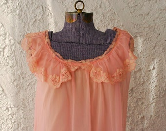 Vintage 1960s Fluffy Pink Babydoll Chiffon Nighty - XS/S