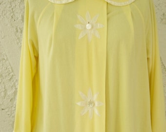 Vintage 1960s Daisy Nightgown by Seamprufe - Medium
