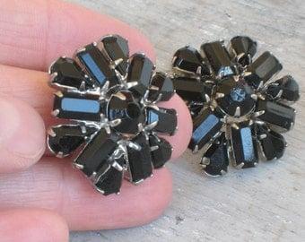1940s Weiss Earrings Black Rhinestone Earrings (165-A)
