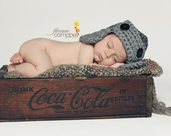 The AVIATOR Hat Newborn size Baby Photo prop in Gray - Photography Flyer Hat BABIES