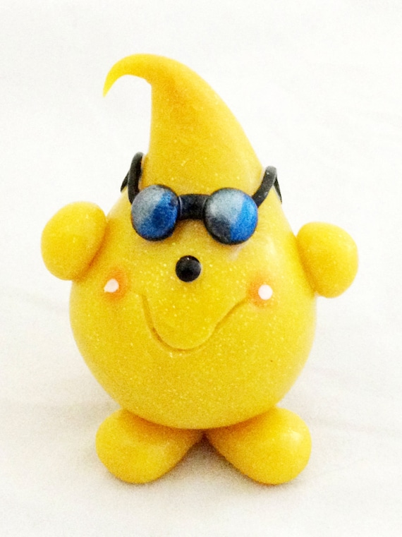 VACATION PARKER Figurine with Sunglasses - Polymer Clay Character
