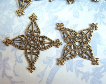 2 - antiqued brass filigree stamping -  CT166