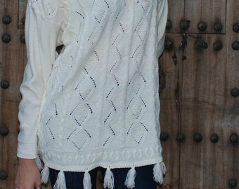 Vintage  Off White Long Sleeve Sweater w Tassels S/M