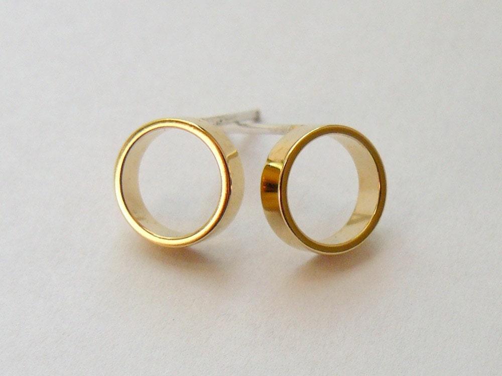 Gold Circle Stud Earrings Minimalist Faux Hoop Studs