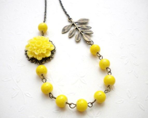 Yellow Necklace Leaf Necklace Yellow Bib Necklace Flower Necklace Yellow Bridesmaid Necklace Yellow Wedding Jewelry Bridesmaid Jewelry