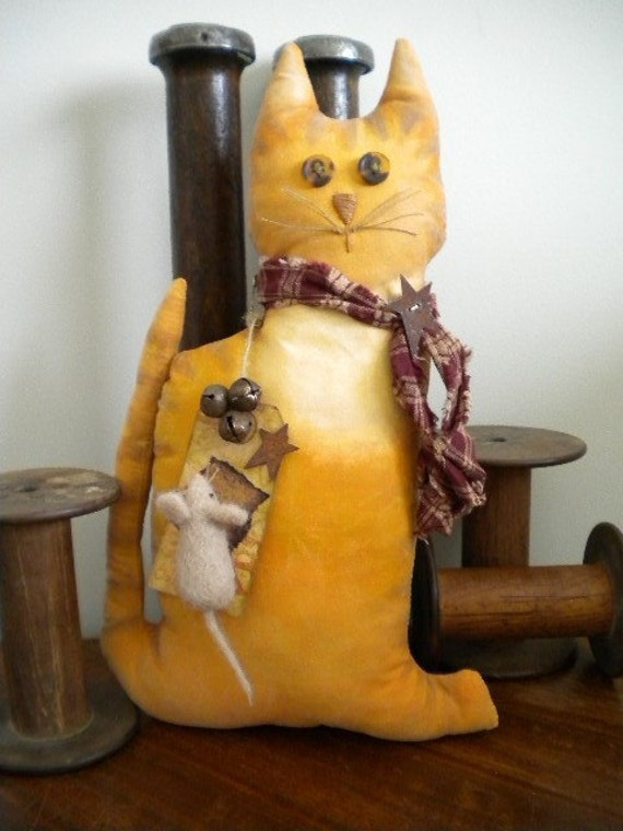 CAT -  MOUSE - Folk Art Doll - Kitten - Yellow Cat with Needle Felted Mouse - Primitive - Handpainted Animal - OOAK - Sid