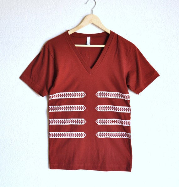 Tribal Arrow Rib Print on Paprika V-Neck Tshirt