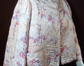 Vintage 1950s bed jacket - Small / Medium - Catalina Quilties pink floral satin - Heart pocket