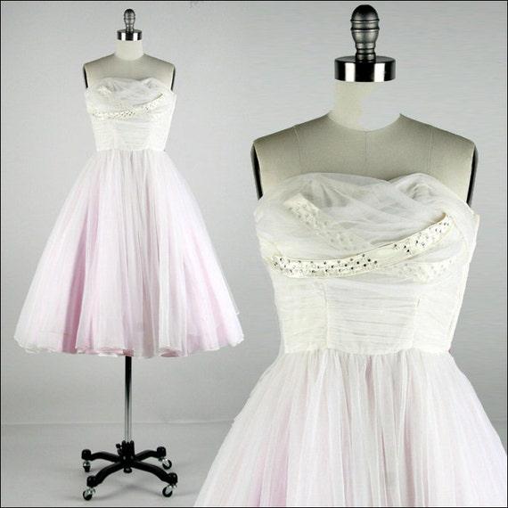 Vintage 1950s Dress . White Tulle . Lavender Lining . Shirred Bodice . Rhinestones . Strapless . Beads . Shrug . XS/S . 1478
