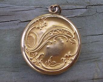 Vintage Goldfill Art Nouveau Floral Locket