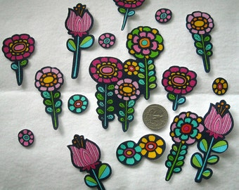 SALE! Set of 12 Flowers Roses Daisies No Sew Iron On Appliques Blue Red
