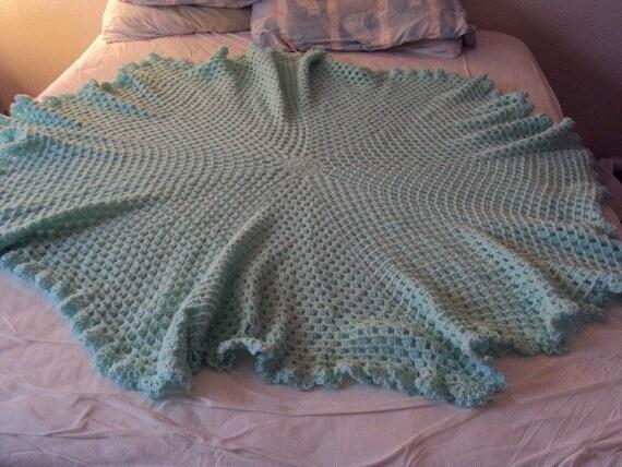 Crochet Baby Blanket in Pastel Green Crocheted in Circular patern