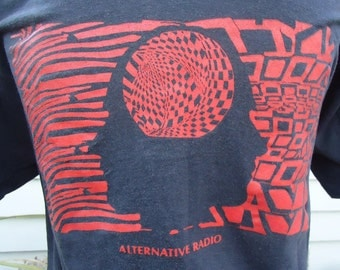 vintage tshirt WWUH Alternative RADIO 91.3 University of Hartford CT