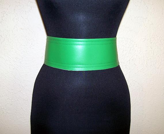 Wide Green Vinyl Belt with Velcro Closure Vintage 1980s