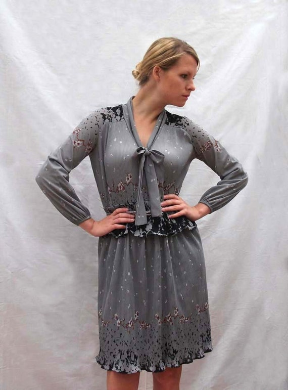 SALE Grey Pleated Dress - Vintage Frock - Mid-length with bow neckline