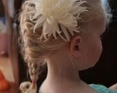 Flower Hair Clip Star Flower in Cream/Ivory