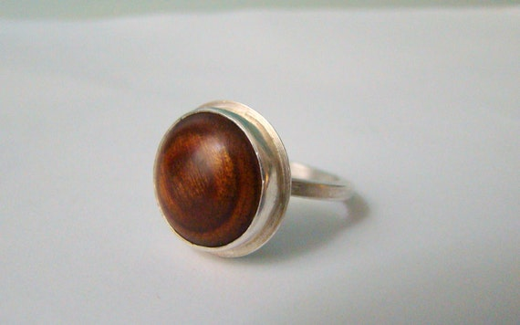 re-purposed wood button ring size 7