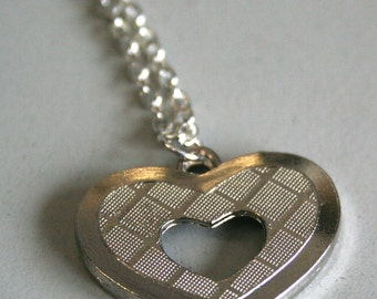 hatched heart pendant large silver, chain, necklace, valentines, love, romantic, 70s 1970s