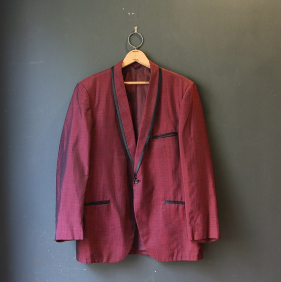 50s Sharkskin Tuxedo Dinner Jacket  / Burgundy and Black / 42 S