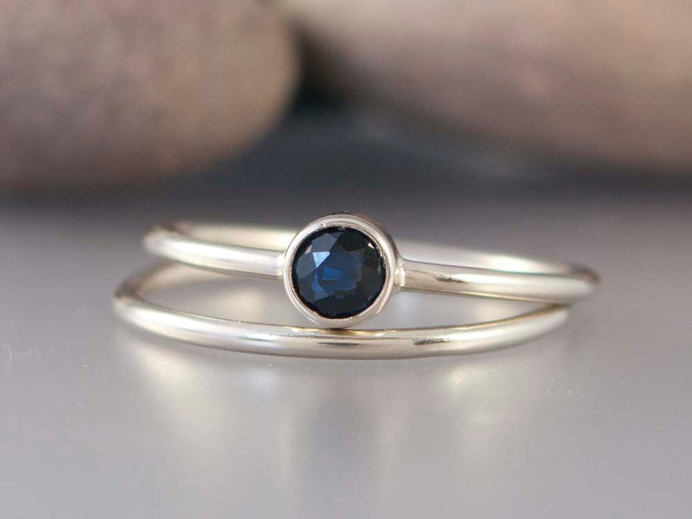 14k White Gold And Blue Sapphire Wedding Ring Set 4mm