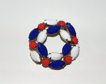 Vintage 1960s patriotic Pin / 50s 60s Red White And Blue Brooch - on sale