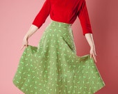 Vintage 1950s Green Quilted Skirt Winter Fashions Floral Print 1940s Pocket - AlexSandras