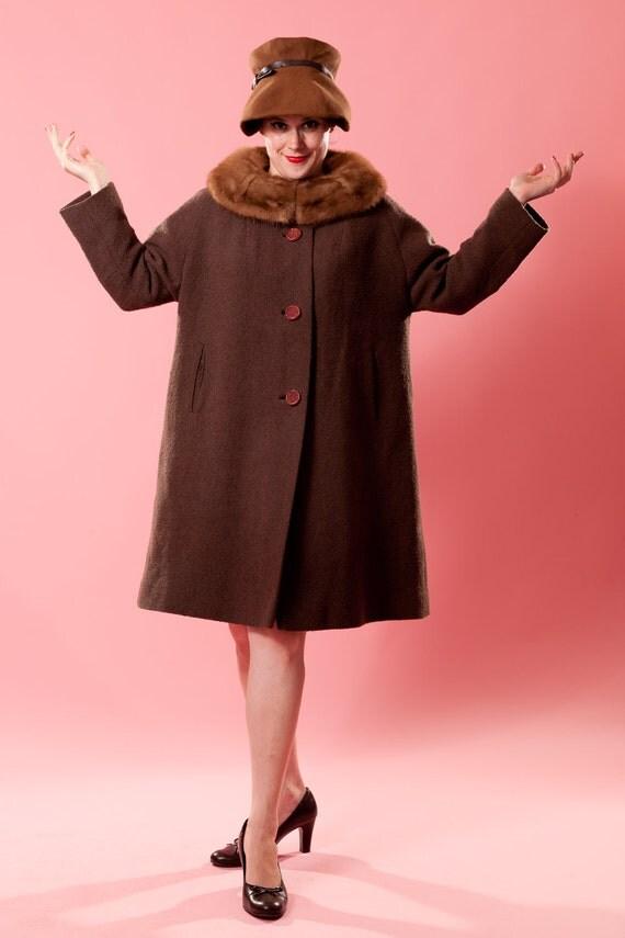 Vintage 1960s Brown Boucle Coat - Mink Fur Collar - Volup Winter ...