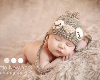 Newborn photo prop, newborn hat, newborn boy, newborn girl, knit newborn hat, newborn props, Sleepy birdie hat in newborn size
