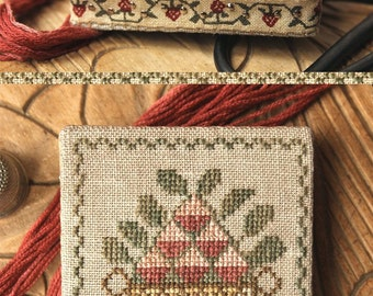 Sweet Summer Pin Square : Cross Stitch Pattern by Heartstring Samplery