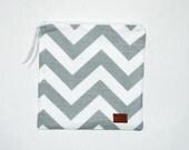 Sandwich Size Reusable Bag - Gray and White Chevron Stripe - Zippered Bag - Zipper Closure