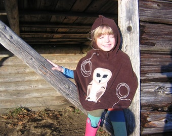 Childs Fleece Hooded Poncho with Barn Owl applique (your choice size and color) XS / S