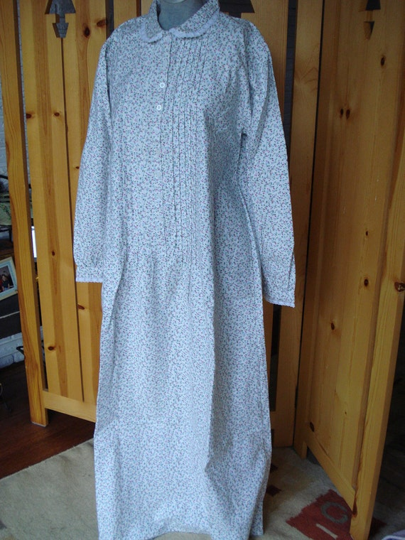 JANE AUSTEN and Pin Tucks NOS Flannel Long Sweet Adorable Nightgown