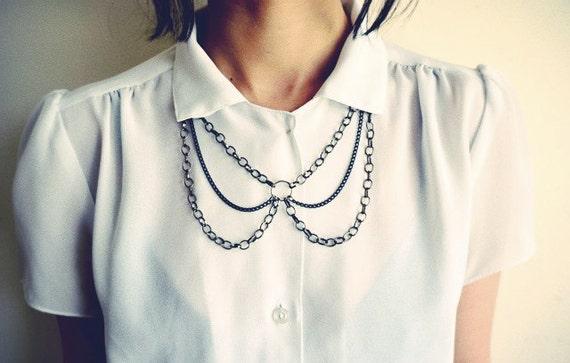 Peter Pan Chain Collar Bib Necklace in Gun Metal