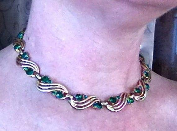 Coro Necklace Vintage Costume Jewelry Green Rhinestones Gold Tone Links
