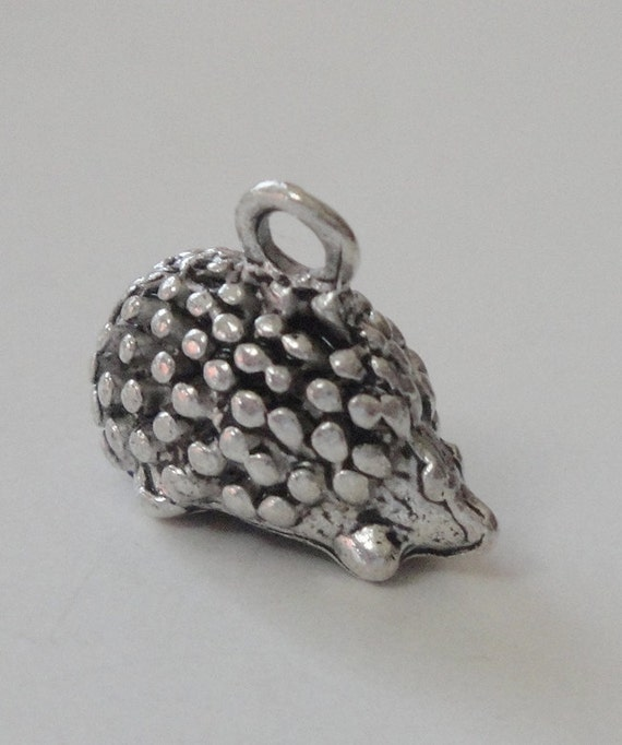 Hedgehog Antique Silver plated Hedgehog Charms  (5)  Charms