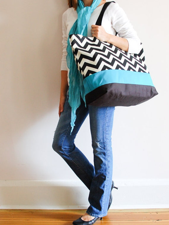 Extra Large Beach Bag // Tote in Black and Cream Chevron