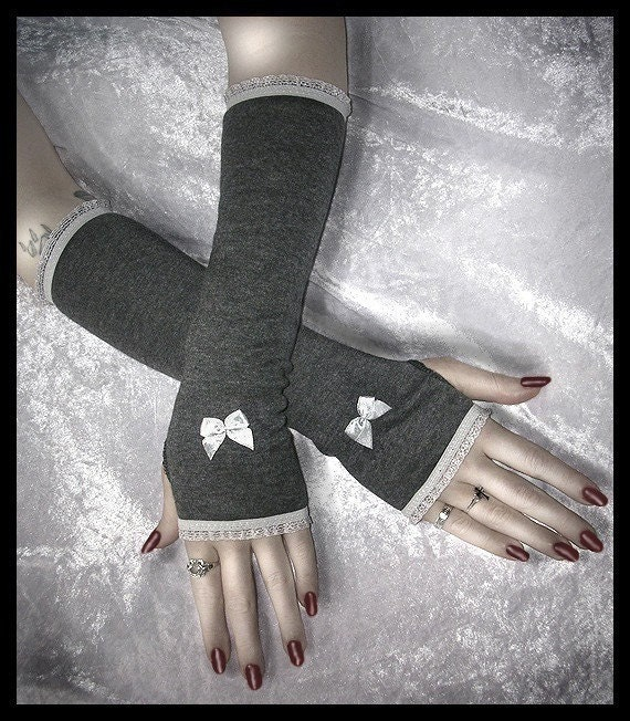 London Fog Lolita Arm Warmers - Dark Heather Grey w/ Silver Bow & Ruffle Lace - Lolita Sweet Gothic Vampire Belly Dance Elegant Victorian