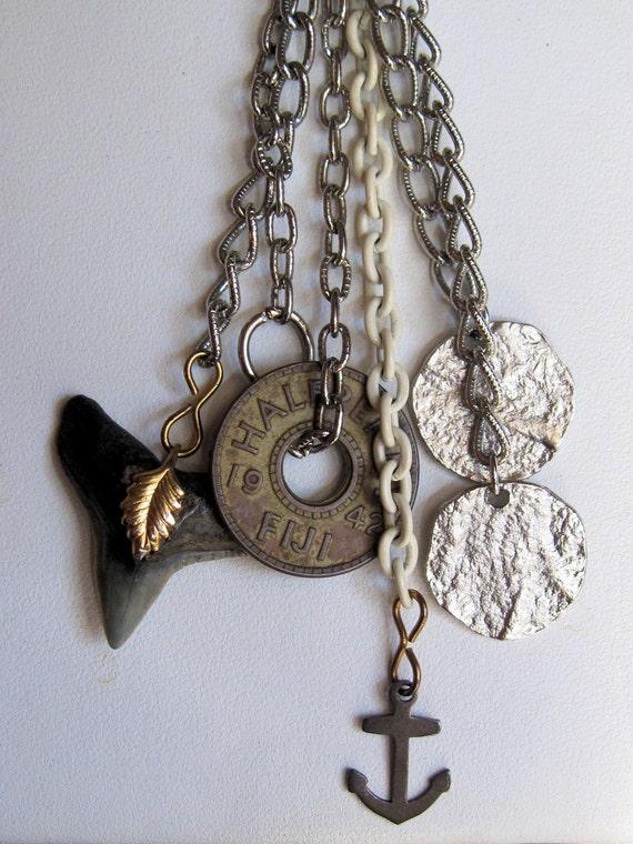 Sunken Treasure from Fabulous Fiji Vintage Necklace