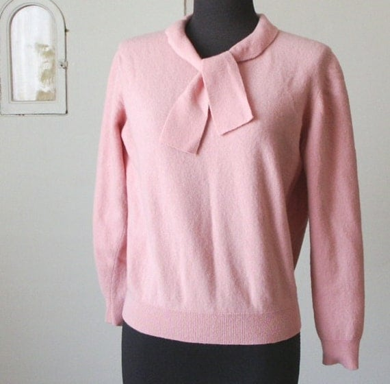 Vintage 50's Style Sweater, Pin Up, Pink, Rockabilly, Bow Tie, Women's Size Small to Medium