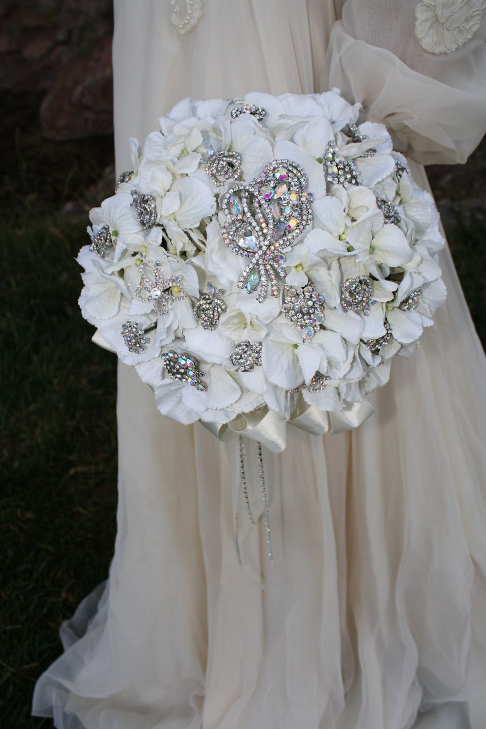 wedding bouquets with bling brooch bouquet rhinestone bridal bouquet 8537