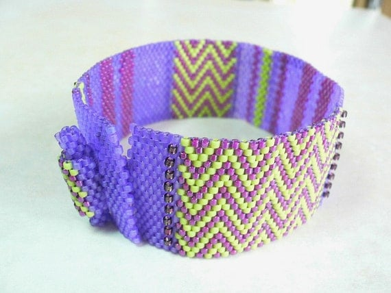 Lilac Limetta Peyote Cuff beaded bracelet pattern: Instant Downloadable Pattern PDF File
