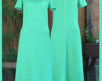Vintage 1970s ~ Green cotton Maxi dress