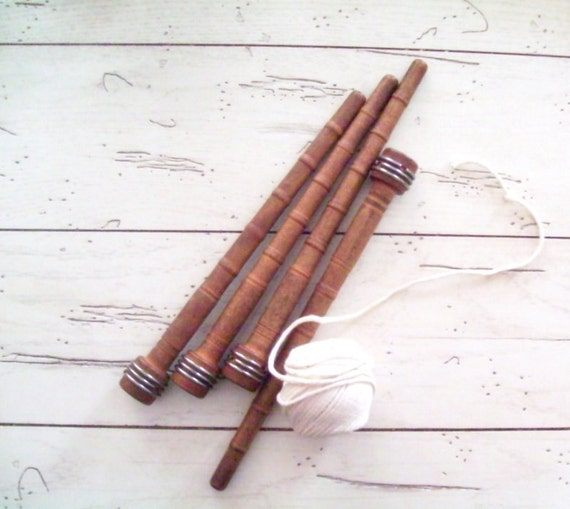 Antique Wooden Bobbins Textile Spools Spindles Set of 4 Rustic Farmhouse Decor