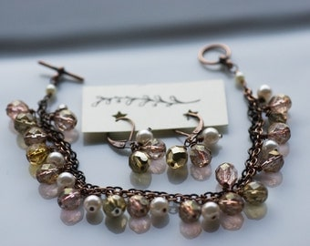 Jewelry set - pearl earrings and bracelet