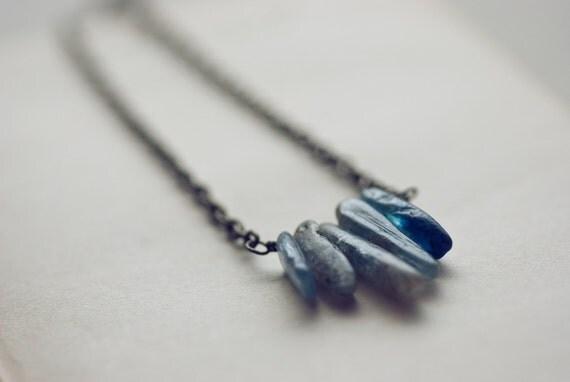 Spear necklace - blue kyanite & brass (sale)