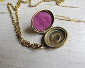 Antique Victorian Mourning Jewelry/ Hair Locket c.1880s