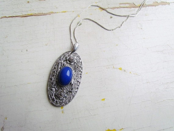 Antique Edwardian Sterling SIlver Filigree Pendant With Blue Glass Stone c.1910