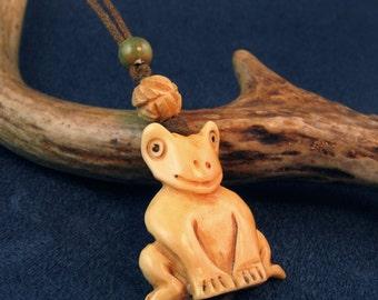 Happy Frog Carved Adjustable Necklace N148