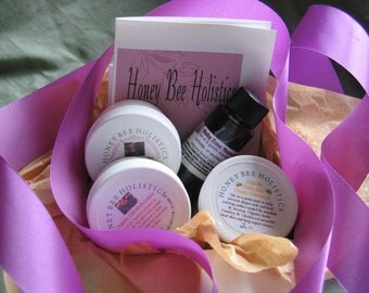Organic Mama & Baby Gift Set - Comes gift wrapped FREE with gift tag ready to give - Great gift for a new Mom or Mom-to-be
